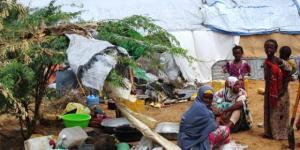 12082Mujeres desplazadas de Somalia, AI