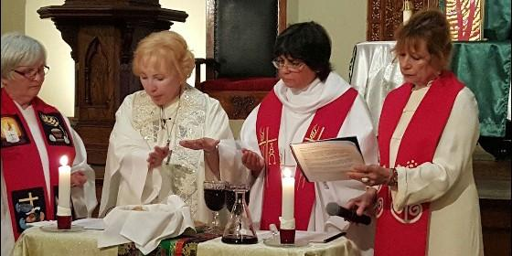 mujeres-sacerdotes_560x280